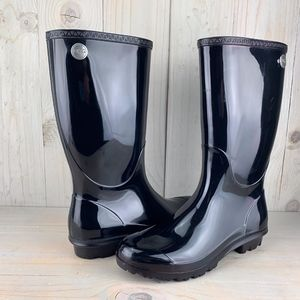 UGG SHAYE BLACK GLOSSY RAINBOOTS